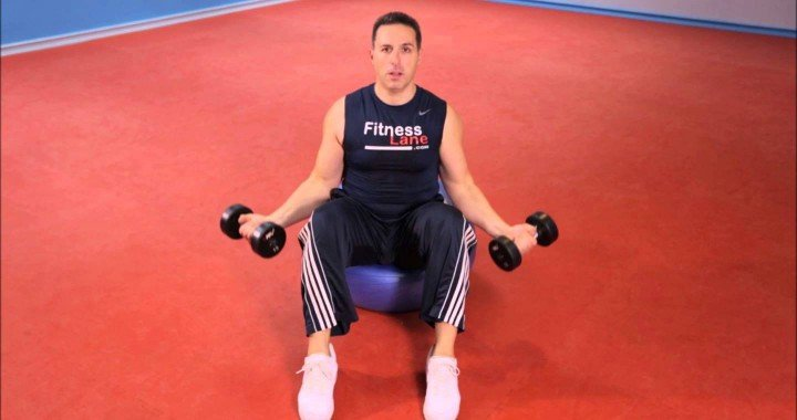 Best Bicep Workout – Seated Dumbbell Curls