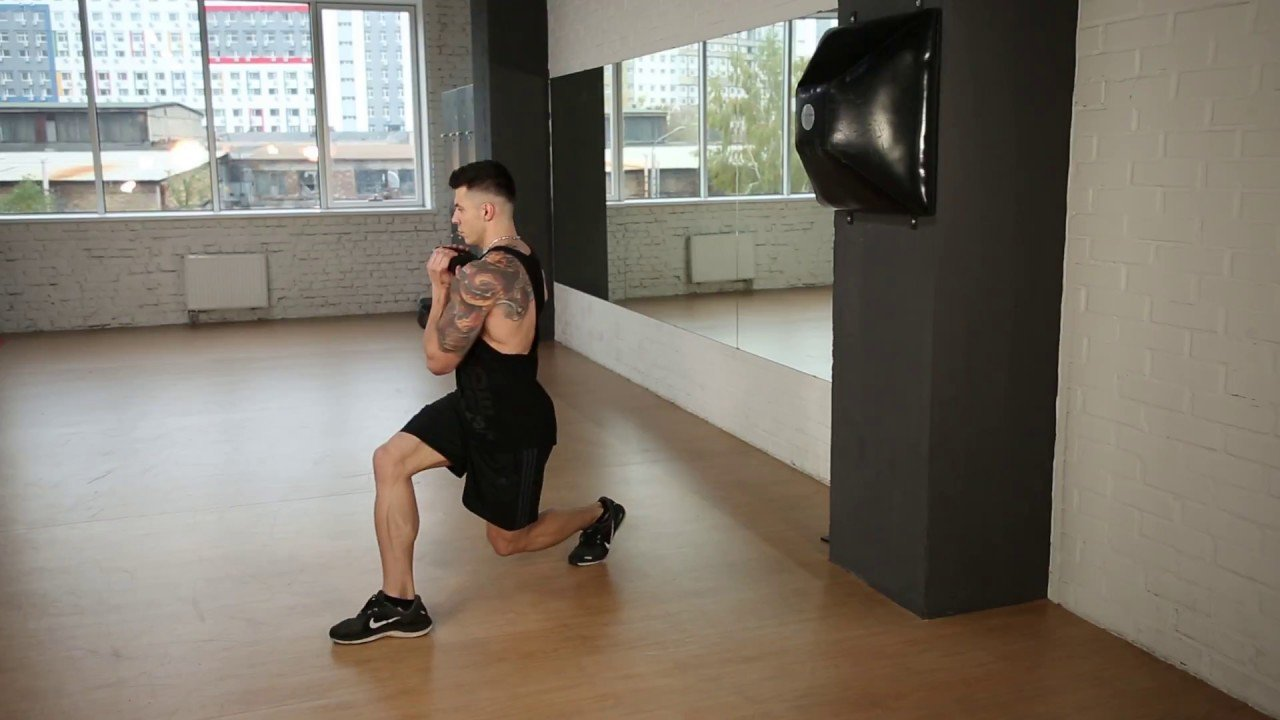 Reverse Lunge with Rotation Exercise